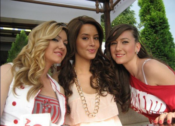 Dafina Zeqiri me fansa ne vitin 2010.A po ju pelqen?
