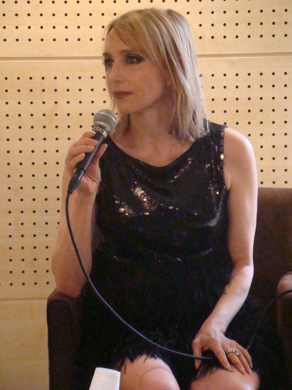 """FNAC SAINT LAZARE (PARIS), dédicace de """"Bleu citron"""" , Le 09/09/2011 !"""