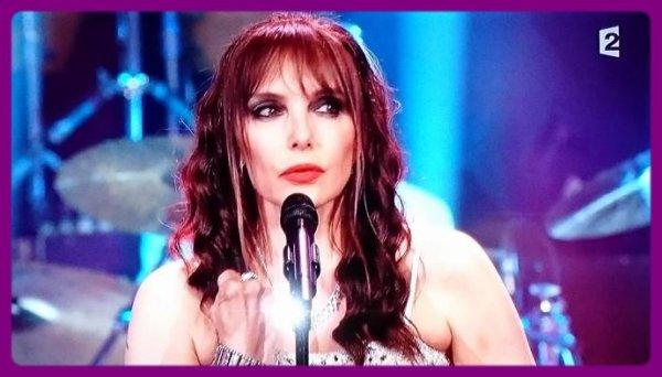 """- Découvrez JEANNE MAS interpréter son medley (""""inclus """"Pablo"""") chez Patrick Sébastien ce samedi 04/10/14"""