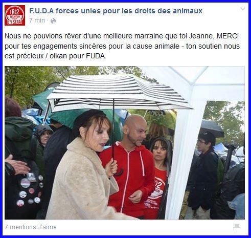 Ce samedi 12 septembre à PARIS,   JEANNE,   marraine de l'évènement , est présente au  Grand rassemblement en faveur de la cause animale