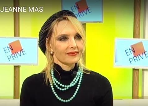 """NEWS TV : Interview : JEANNE etait  l'invitée de Guillaume Hallard dans son émission """"EN PRIVE"""" diffusée le 18 mars sur WEO (Tv du Nord Pas de Calais)"""