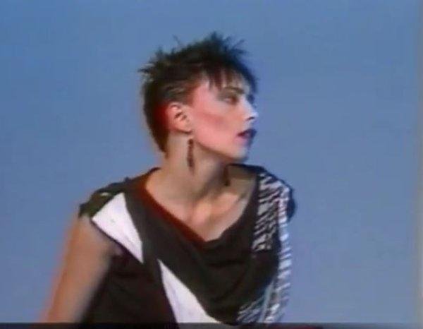 Les passages TV (rares) de la semaine - JEANNE MAS - TOUTE PREMIERE FOIS (1984)