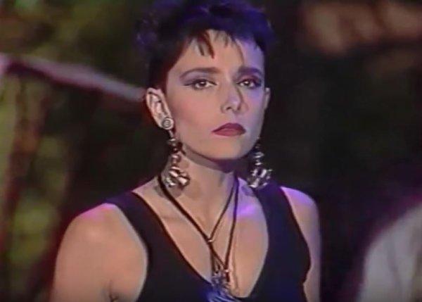 """Les passages TV inédits de la semaine - JEANNE MAS - Interview P. Sabatier +  CAROLYNE + """"CONTRE TOI"""" (1989)"""