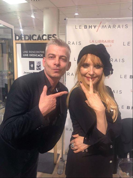 """Samedi 25 mai 2019 - Dédicace de """"Réminiscences"""" et """" Goodbye je reviendrai"""" au BHV Marais (Paris) (suite 2)"""