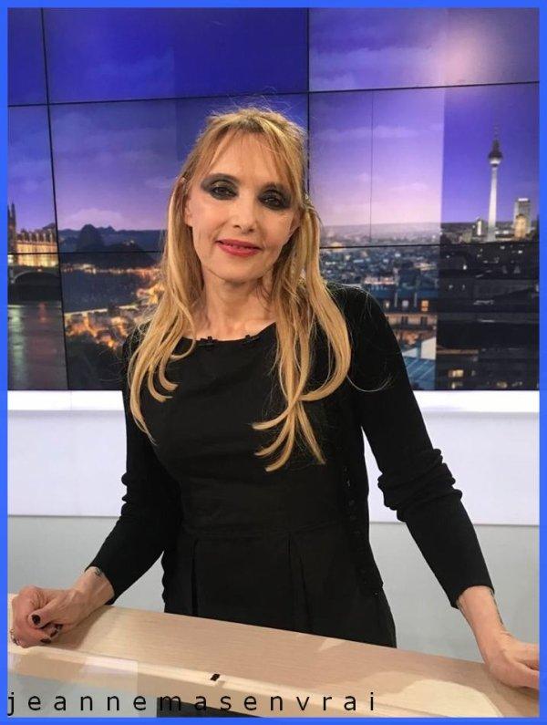 "News TV - Jeanne   invitée du ""Grand soir 3 "" (28/5/19) Le JT  national de France 3"
