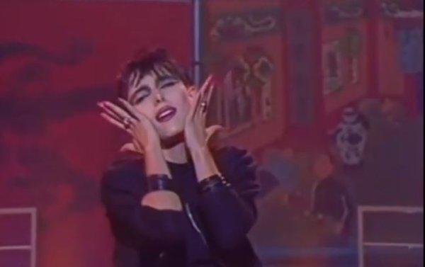"""Le passage TV de la semaine - Jeanne interprète """"L'ENFANT"""" Le 14/10/1986 chez Dechavanne"""