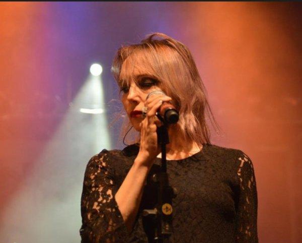 """En attendant Les Folies Bergère et la tournée... - Jeanne interprète """"MADE IN FRANCE"""" à Romans-Sur-Isère (26 - Drôme) le 28/09/2013"""