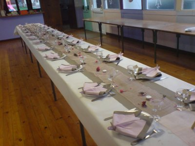 D co anniversaire pour 60 personnes blog de ideco astuce - Chemin de table taupe ...