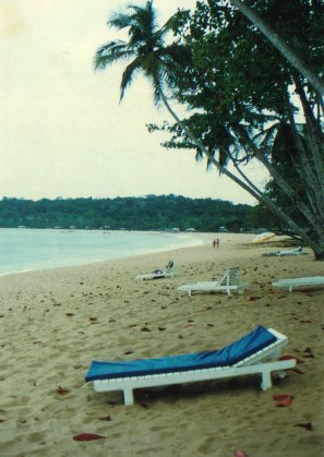 la plage de Monogaga