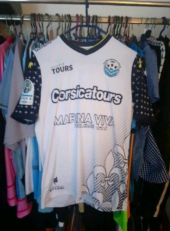 Maillot Tours Fc extérieur saison 2017-2018 porté par M.Tall