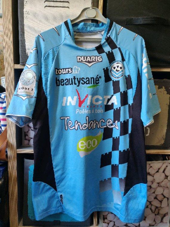 Maillot Tours FC domicile porté par R. Genevois saison 2010 2011