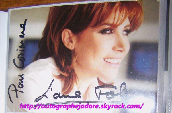 autographe de  liane foly