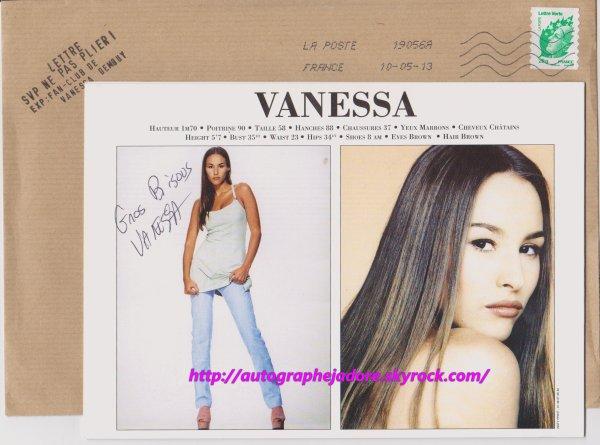 autographe de Vanessa Demouy