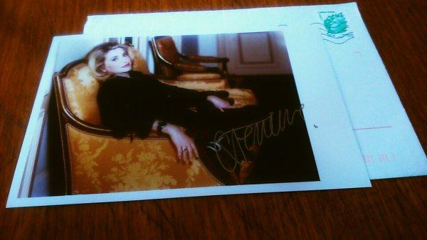 Autographe Catherine deneuve