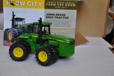 8850 plow city 2011