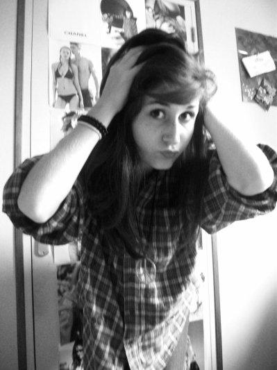 Bonjour.  Je suis une Connasse.