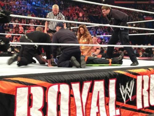 John Cena vs Kane (Double décompte a l'extérieur)