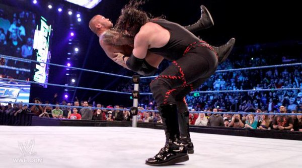 Kane attack Randy Orton