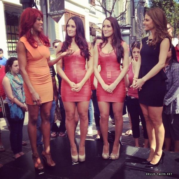 The bella Twins, Alicia Fox & Maria Menounos