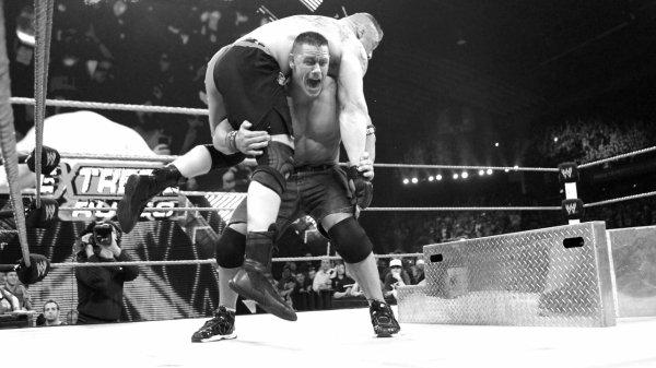 Extreme Rules 2012 : John Cena bat Brock Lesnar