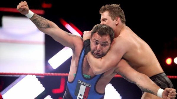 Extreme Rules 2012 : Santino Marella bat The Miz