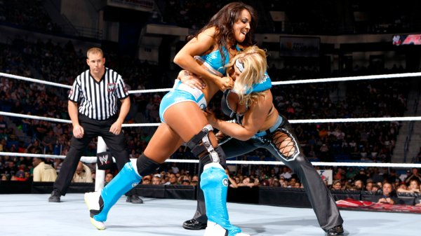 Layla & Santion VS Beth Phoenix & Ricardo