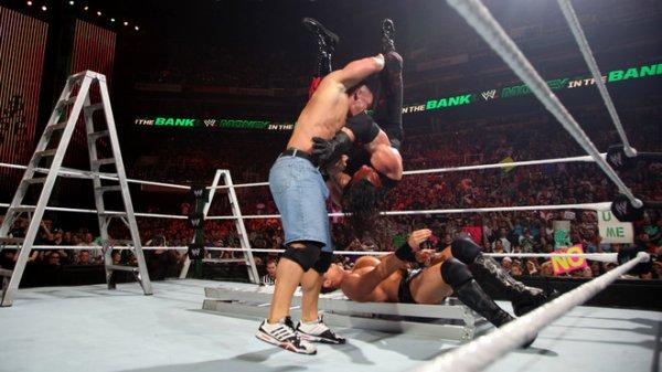 Resultats MITB RAW: John Cena WINNER