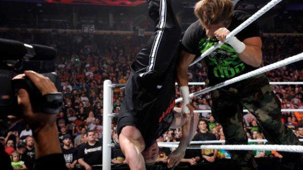 1000éme de Raw: Brock Lesnar accepte le match de Triple H pour Summerslam