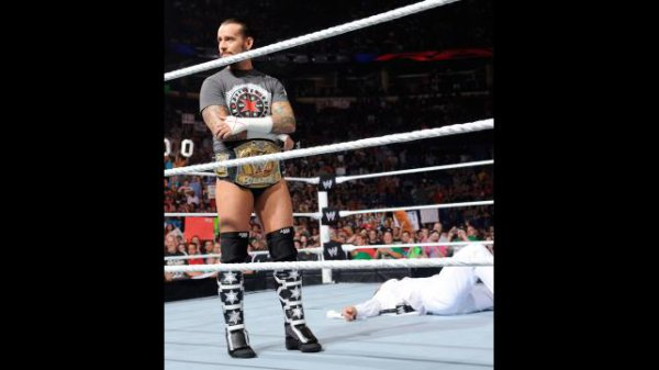 1000éme de Raw: Le mariage d'AJ & Daniel Bryan (suite)