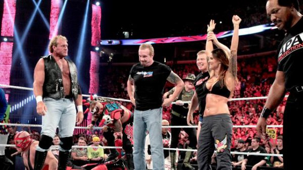 1000éme de Raw: Lita contre heath slater (legend autour du ring)