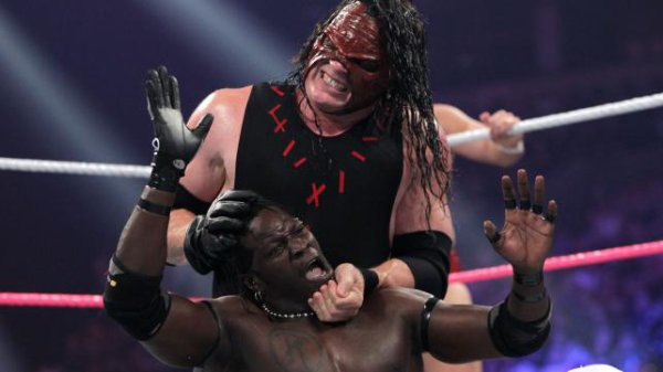 Night Of Champions 2012: Kane & Daniel Bryan battent Kofi & R-truth (devienne les nouveaux champions tag team