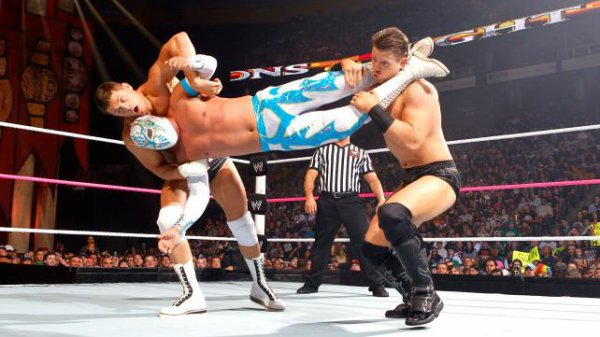 Night Of Champions 2012: The Miz bat Cody Rhodes, Sin Cara & Rey Mysterio
