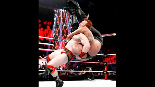 Résultats Hell in a Cell 2012: Big Show bat Sheamus