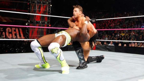 Résultats Hell in a Cell 2012: Kofi Kingston bat The Miz