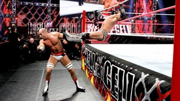 Résultats Hell in a Cell 2012: Antonio Cesaro bat Justin Gabriel