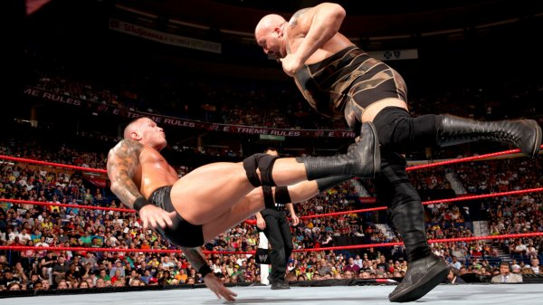 Extreme Rules 2013: Randy Orton bat Big Show