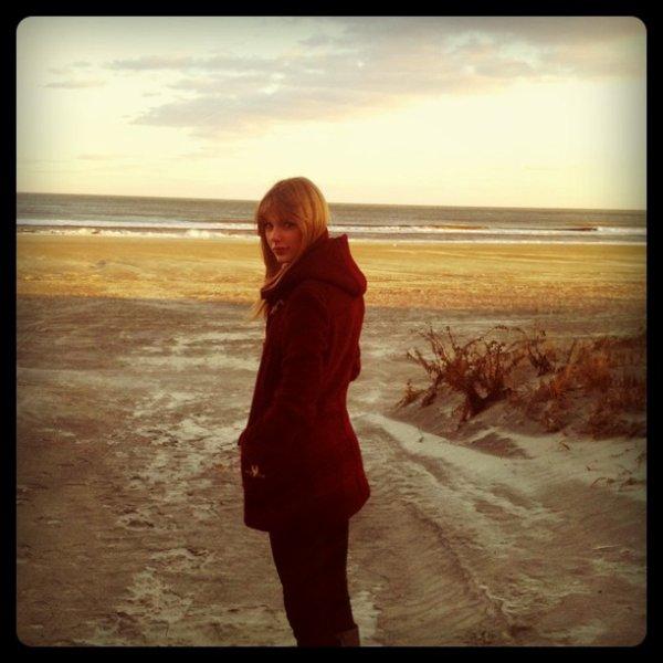 Taylor Swift tourne le clip de Safe and Sound !