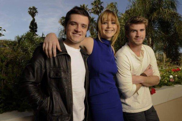 Nouvelles Photoshoot; Jen, Josh et Liam