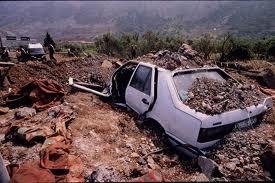 30 mai 1998 – Encombrant colis, le TNT retrouvé sous le pont Herrmann-Debroux à Bruxelles était inoffensif Cinq kilos d'explosif «traînaient» sous un viaduc