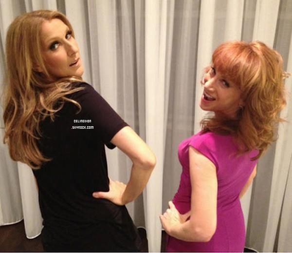 . NOUVELLE PHOTO : Céline Dion et Kathy Griffin le 4 juillet 2012 au Caesars Palace. .