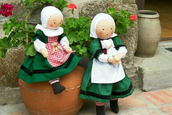 Duo de poupées...