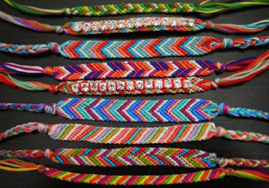 Vente de bracelets brésiliens