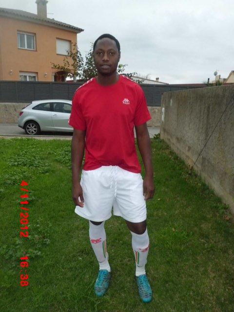 moi au terrain lors du tournoi senegalais