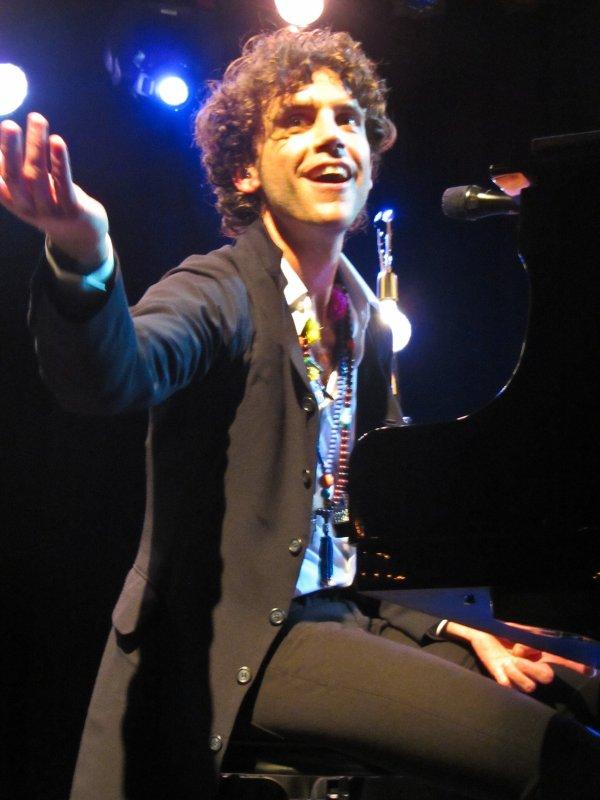 Mika concert Los Angeles