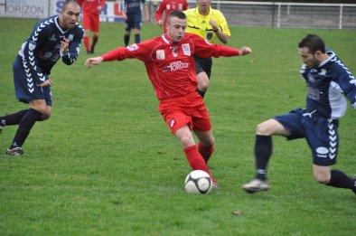 Football CFA2  JURA DOLOIS-AUXERRE (C) Reporté