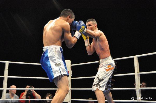 Boxe anglaise J-9 pour unification des ceintures IBF-WBA