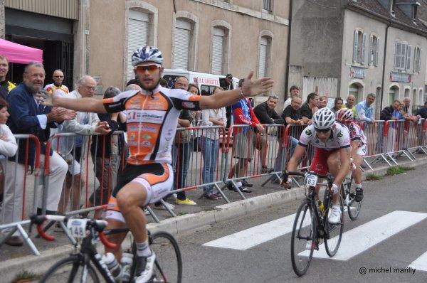 634 cyclos sur la Pasteur 2013