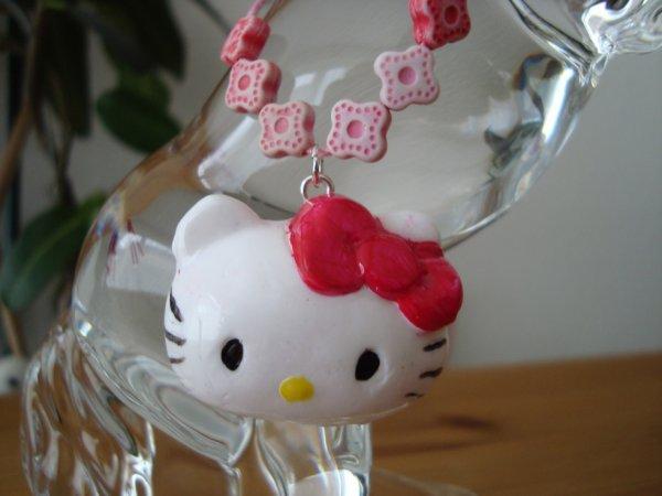 Mon premier pendentif Hello kitty