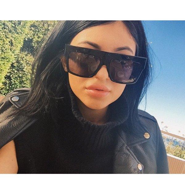 Kylie Jenner a des lèvres plus pulpeuses que jamais : regardez son selfie sexy !