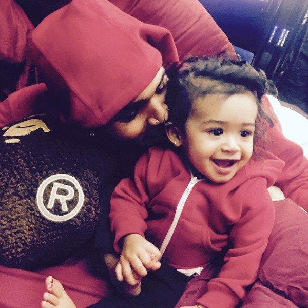 """Chris Brown dévoile pour la première fois une photo de sa fille, Royalty : ''Dieu m'a donné un double"""""""
